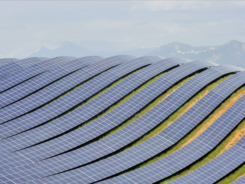 Les-Mees-solar-farm-the-b-004