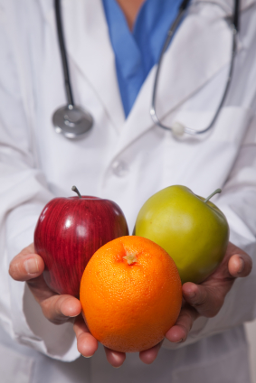 Doctor recommending healthy diet